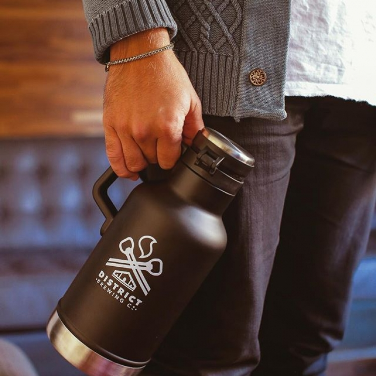 Our new @stanley_brand growlers have arrived just in time for the season. Stop by the brewery or find them on our website.  #FindYourCraft #shoplocal #drinklocal #beergear #brewedinsaskatchewan #exploresask #saskatchewan #YQR #beerporn