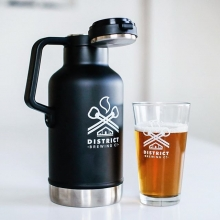 This District Stanley growler will keep your brew cold and portable. 🍻 They also make a great Holiday gift!  #FindYourCraft  #FindYourCraft #shoplocal #drinklocal #beergear #brewedinsaskatchewan #exploresask #saskatchewan #YQR #beernporn