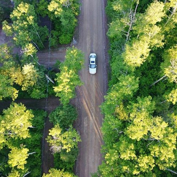 Summer Bucket List: Road trips at Golden Hour ✨  Location 📍Christopher Lake  What's on your list?  Photo by @pattisopatyk  #FindYourCraft . . . . . #explore #adventures #roadtrip #summercruise #drone #droneshots #photog #photography #spring #travel